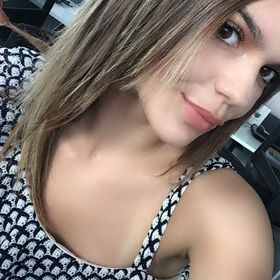 Mujer Busca 953419